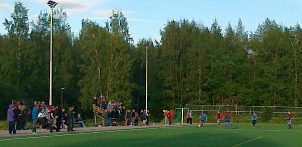 TamU-K:n ja Ikurin Vireen välisessä sarjaottelussa oli mukavasti yleisöä
