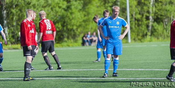 Jukka Ihalainen pelasi ensimmäistä kertaa edustusjoukkueen avauskokoonpanossa