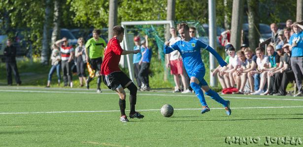 Severi Hiltunen pelasi erinomaisesti päästyään ensimmäistä kertaa avauskokoonpanoon